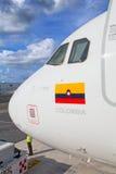 Avianca飞机在坎昆 库存图片