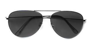 Aviateur d'isolement Sunglasses avec les lentilles noires photographie stock