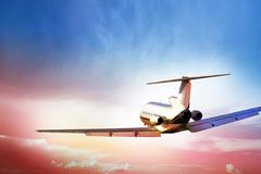 Aviões de passageiro no vôo Fotografia de Stock