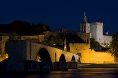 Avignon en la noche foto de archivo libre de regalías