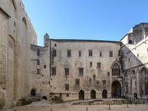 Avignon: Paleis van de Pausen stock afbeelding