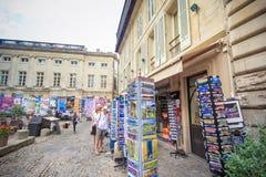 Avignon souvenir shoppar Royaltyfri Bild