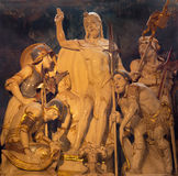 AVILA, ΙΣΠΑΝΙΑ, ΑΠΡΙΛΙΟΣ - 18, 2016: Το χαρασμένο γλυπτό της αναζοωγόνησης Χριστού στο σκευοφυλάκιο Catedral de Cristo Σαλβαδόρ Στοκ Φωτογραφίες