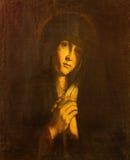 AVILA, HISZPANIA, KWIECIEŃ: Dama maluje Catedral De Cristo Salvador niewiadomym artystą stroskanie (Sala De Los angeles Pasion) Zdjęcie Stock