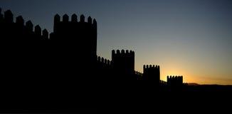 Avila, la spagna, parete e torrette difensive Fotografia Stock