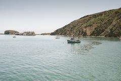 Avila plaży zatoka z łodziami rybackimi fotografia stock