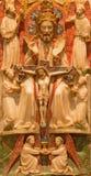 AVILA SPANIEN: Den alabastrine lättnaden för helig Treenighet för lättnad i Catedral de Cristo Salvador av den okända konstnären Royaltyfri Bild