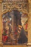 AVILA SPANIEN, 2016: Målningen av Kristi födelse på det huvudsakliga altaret av Catedral de Cristo Salvador av Pedro Berruguete Arkivbilder