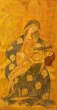 AVILA, SPANJE: Pieta het schilderen op het hout in Catedral DE Cristo Salvador door onbekende artis van 15 cent stock afbeelding