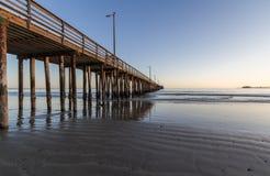 Avila strand och pir Fotografering för Bildbyråer