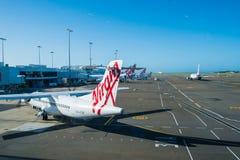 Avión de pasajeros del pasajero de Australia de las vías aéreas en Sydney Airport Imagen de archivo