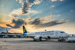 Avión en Kiev Imagenes de archivo