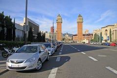 Avinguda de Λα Reina Μαρία Cristina - οδός που οδηγεί στους ενετικούς πύργους στο d'Espanya Placa στη Βαρκελώνη Στοκ Εικόνα