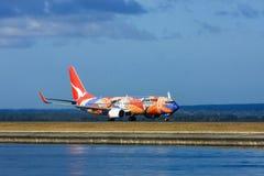 Avião de passageiros de Boeing 737 das linhas aéreas de Qantas Imagens de Stock