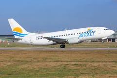 Aviolet波音737-300 免版税库存照片