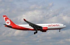 Avion à réaction de Berlin Airbus d'air Images libres de droits