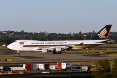 Avion à réaction de cargaison de Singapore Airlines 747 Images libres de droits