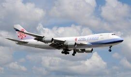 Avion à réaction lourd de cargaison de compagnies aériennes de la Chine Images stock