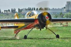 Avion acrobatique aérien de sports Photo stock