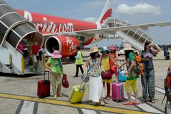 AVION AIR ASIA DU CAMBODGE SIEM REAP Photos libres de droits