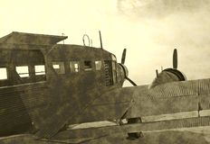 Avion antique de temps de guerre Photographie stock