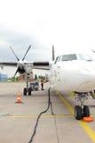 Avion baltique de propulseur d'air dans l'aéroport de Riga Photos stock