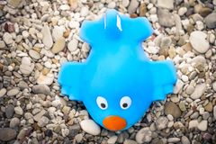 Avion bleu de Toon d'avion de jouet images libres de droits