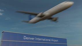 Avion commercial décollant au rendu de Denver International Airport Editorial 3D images stock