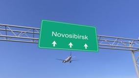 Avion commercial de moteur jumeau arrivant à l'aéroport de Novosibirsk Déplacement au rendu 3D conceptuel de la Russie Images stock
