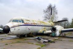 Avion déclassé de cru photo libre de droits