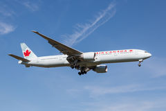 Avion d'Air Canada Images libres de droits