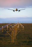 Avion d'atterrissage Photos stock