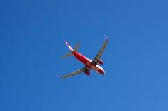 Avion dans le ciel Photographie stock