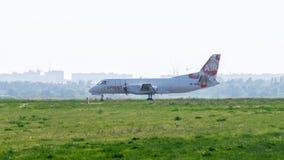 Avion de cargaison de Saab à l'aérodrome Images libres de droits