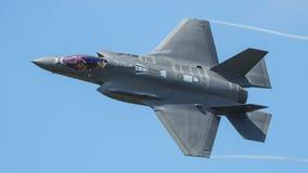 Avion de chasse polyvalent de cinquième génération image libre de droits