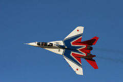 Avion de chasse russe à l'airshow Photographie stock libre de droits