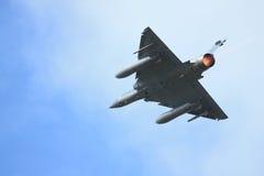 Avion de combat avec le dispositif de postcombustion photos libres de droits