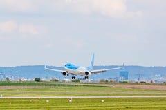 Avion de condor avant décollage, aéroport Stuttgart, Allemagne Photos stock