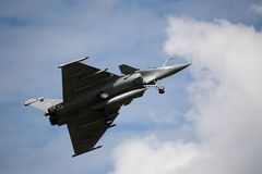 Avion 2015 de guerre de Cerny Rafale photo stock