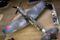 Avion de guerre de la tête brûlée WW2 sur l'affichage image libre de droits