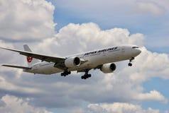 Avion de Japan Airlines images libres de droits