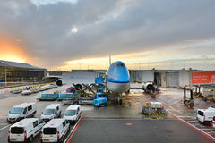 Avion de KLM à l'aéroport de Schiphol amsterdam netherlands Photo stock