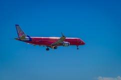 Avion de ligne de Virgin Blue Embraer ERJ190 Image libre de droits