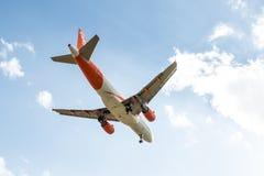 Avion de lignes aériennes d'Easyjet Image stock