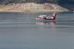 Avion de lutte contre l'incendie Images libres de droits
