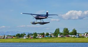 Avion de mer au capot de lac en Alaska Photos libres de droits