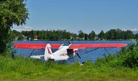 Avion de mer au capot de lac en Alaska Images stock