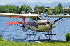 Avion de mer au capot de lac en Alaska Photo stock