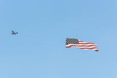 Avion de moteur avec le drapeau de l'Amérique Photographie stock