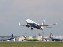 Avion de passagers Boeing 737-8K5/W, ligne aérienne de NordStar Photos stock